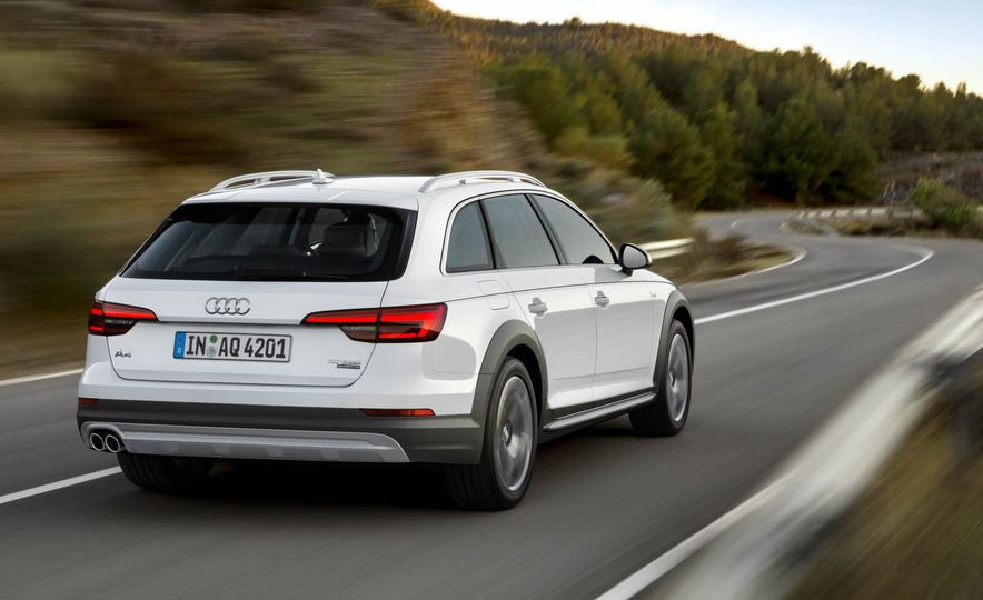 2017 Audi A4 Allroad - Slide 8