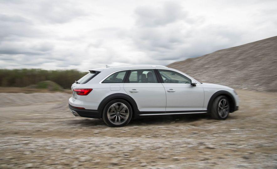 2017 Audi A4 Allroad - Slide 12