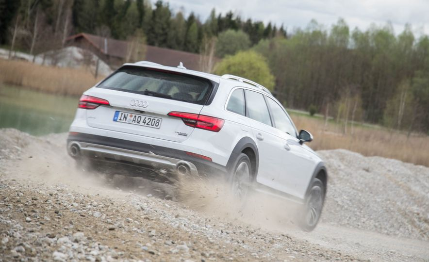 2017 Audi A4 Allroad - Slide 15
