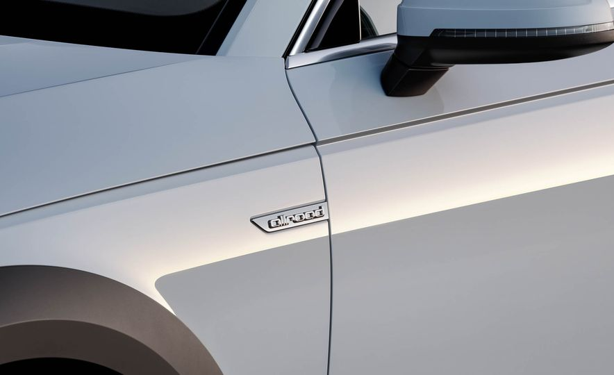 2017 Audi A4 Allroad - Slide 28