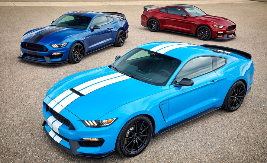 2017 Ford Mustang Shelby GT350 and 2017 Ford Mustang Shelby GT350Rs - Slide 1