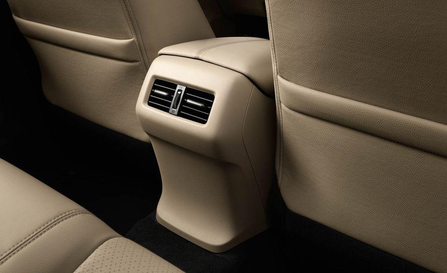 2017 Honda Accord hybrid - Slide 14