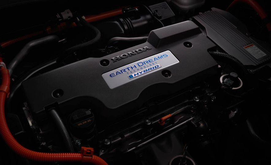 2017 Honda Accord hybrid - Slide 19