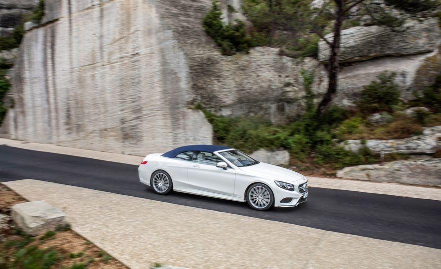 2017 Mercedes-Benz S500 cabriolet (Euro-spec) - Slide 2