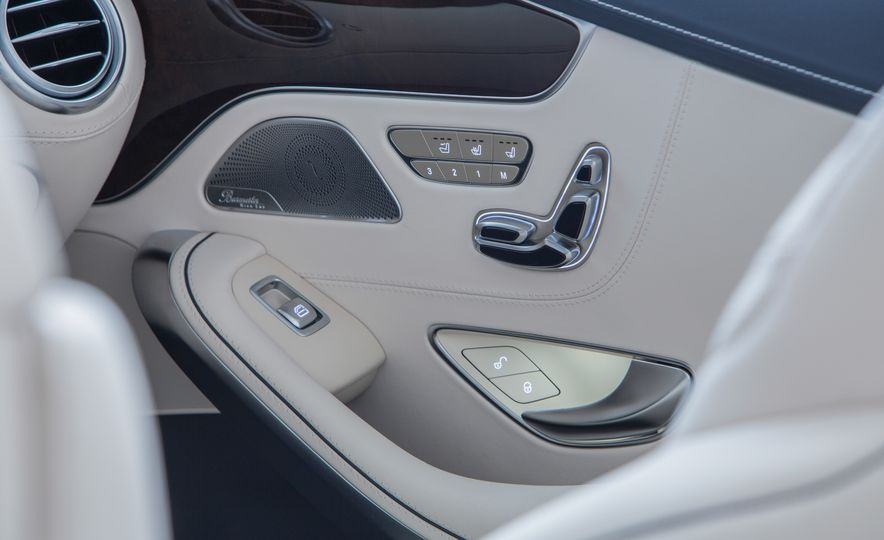 2017 Mercedes-Benz S500 cabriolet (Euro-spec) - Slide 24