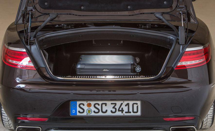 2017 Mercedes-Benz S500 cabriolet (Euro-spec) - Slide 40