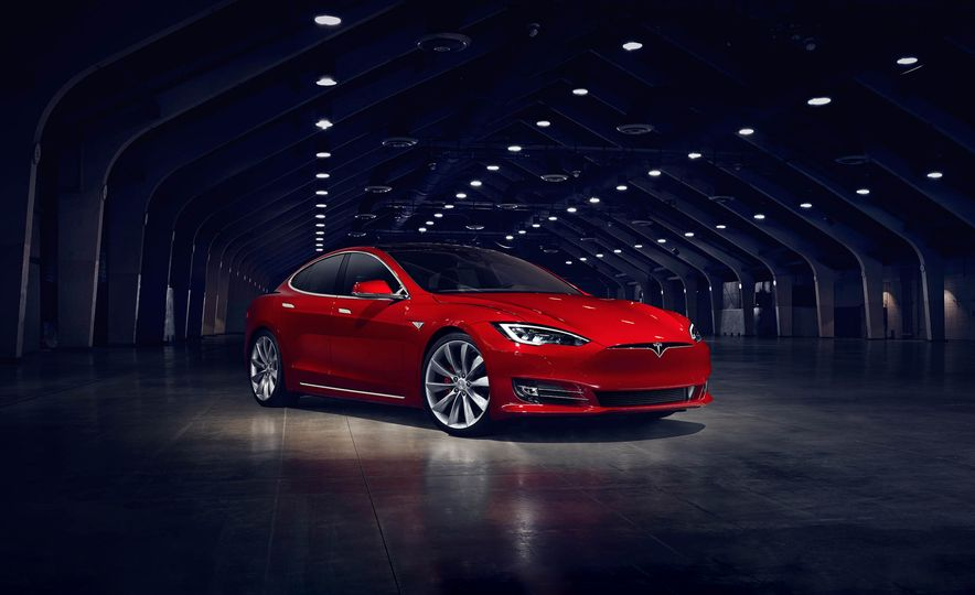 2017 Tesla Model S P90D - Slide 1