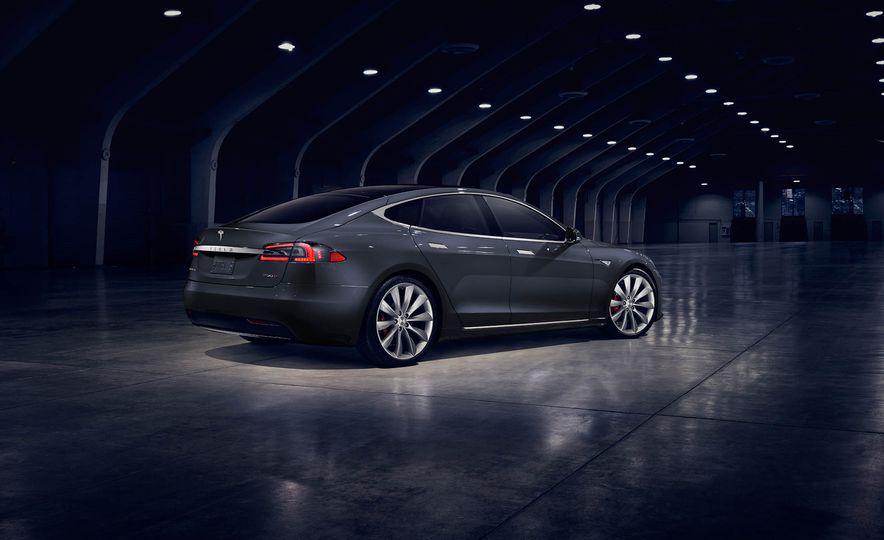 2017 Tesla Model S P90D - Slide 3