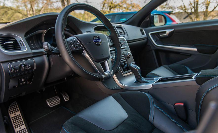 2017 Volvo S60 Polestar - Slide 7