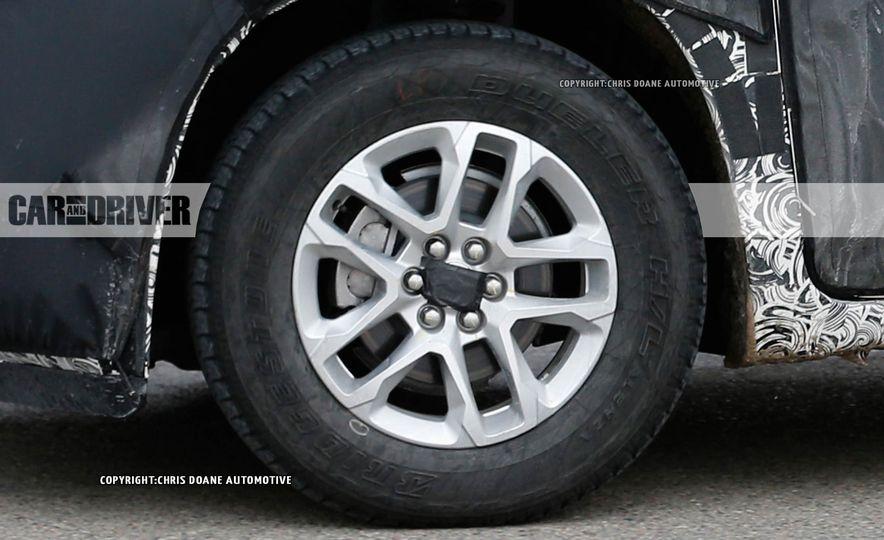 2018 Chevrolet Traverse (spy photo) - Slide 16