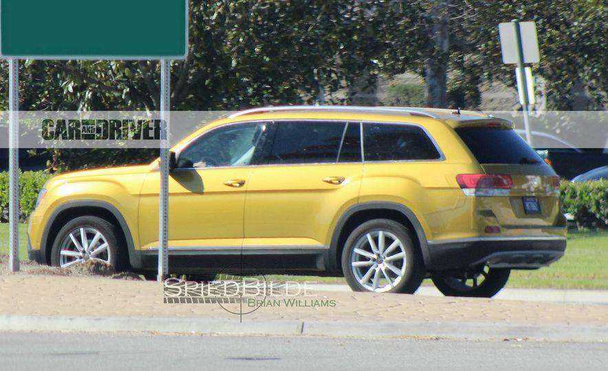 2018 Volkswagen three-row crossover (spy photo) - Slide 8