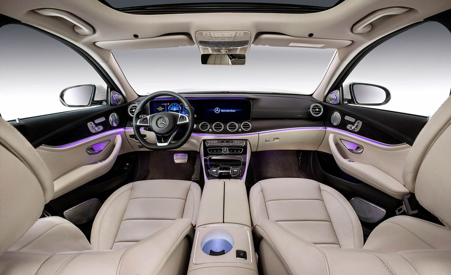 Mercedes-Benz E320L 4MATIC (Chinese spec) - Slide 10