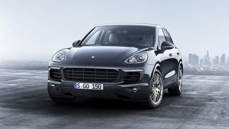Make Ours Purpurite: Porsche Announces Cayenne Platinum Editions