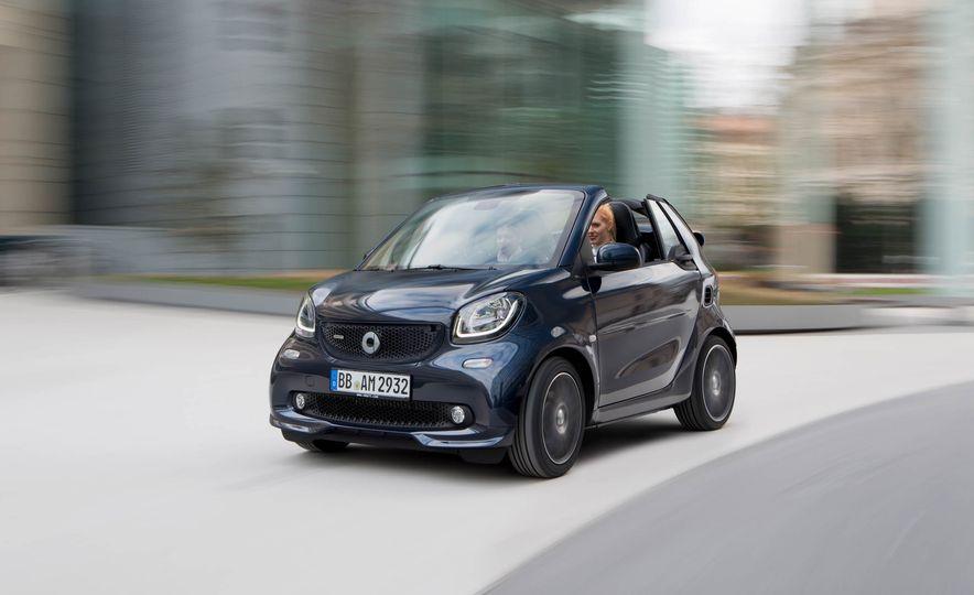 Smart Fortwo cabriolet Brabus edition - Slide 1