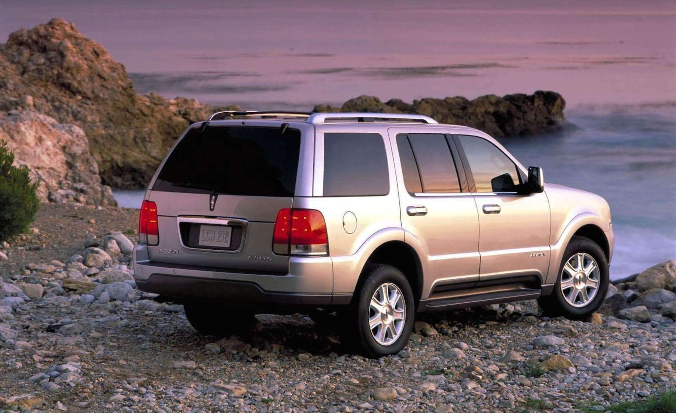 Gone Without A Trace These Are The Forgotten Suvs 1992 Isuzu Rodeo Problems