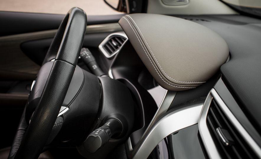 2015 Nissan Murano Platinum AWD - Slide 29