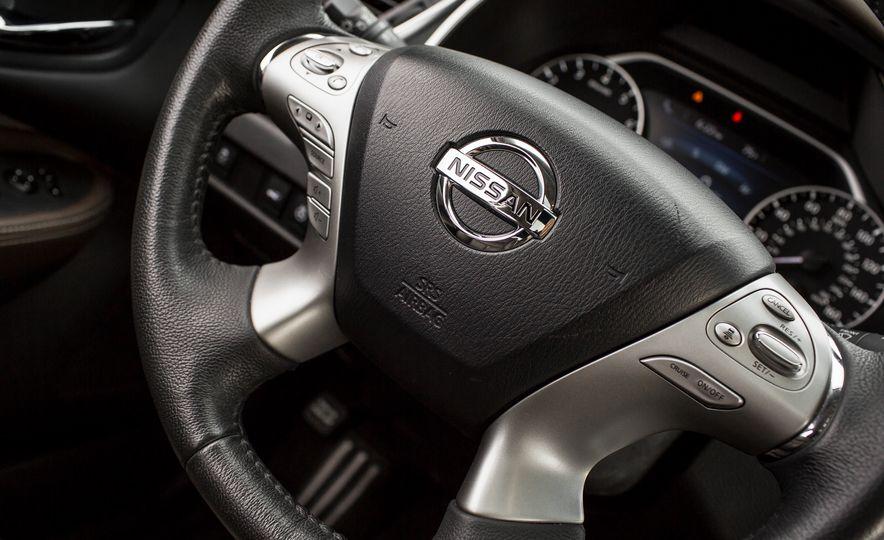 2015 Nissan Murano Platinum AWD - Slide 31