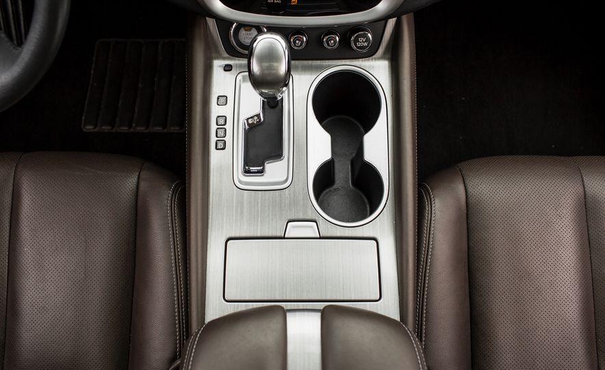 2015 Nissan Murano Platinum AWD - Slide 34