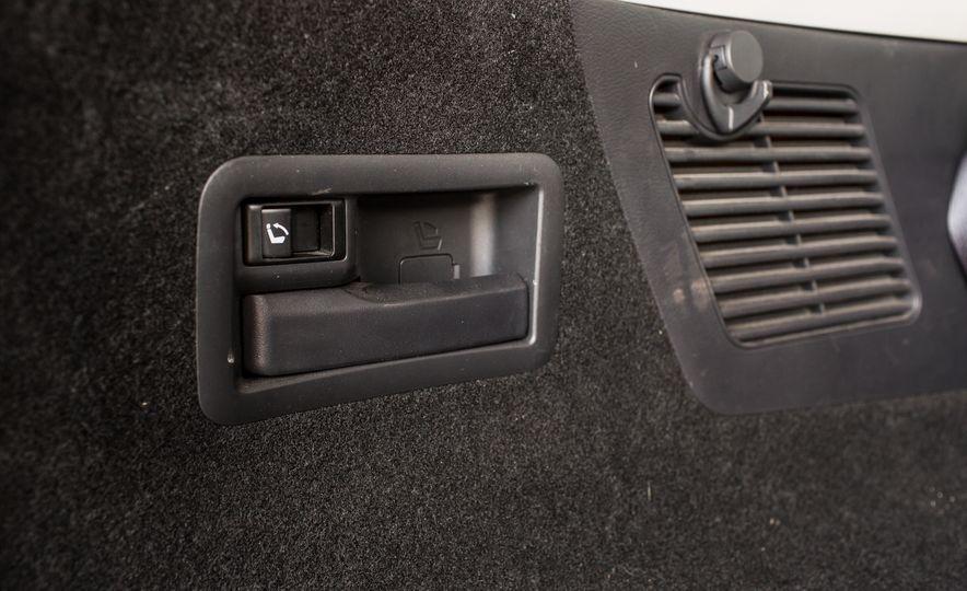 2015 Nissan Murano Platinum AWD - Slide 42