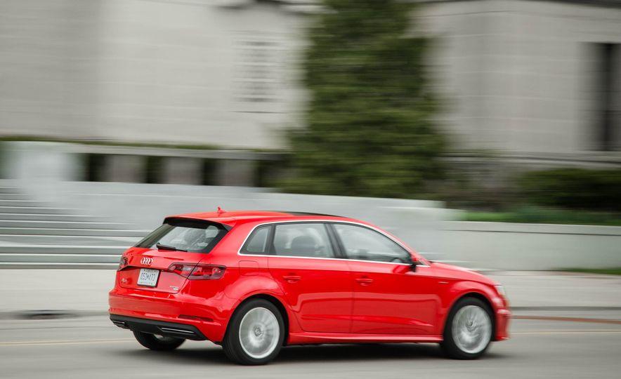 2016 Audi A3 e-tron Sportback - Slide 6