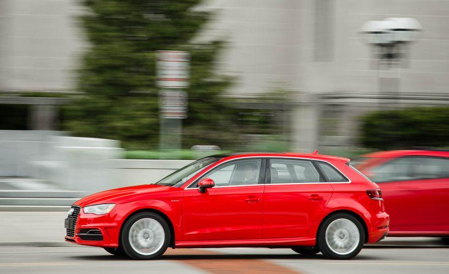 2016 Audi A3 e-tron Sportback - Slide 10