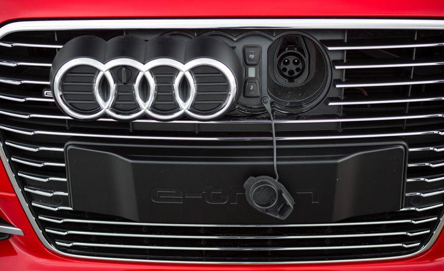 2016 Audi A3 e-tron Sportback - Slide 27