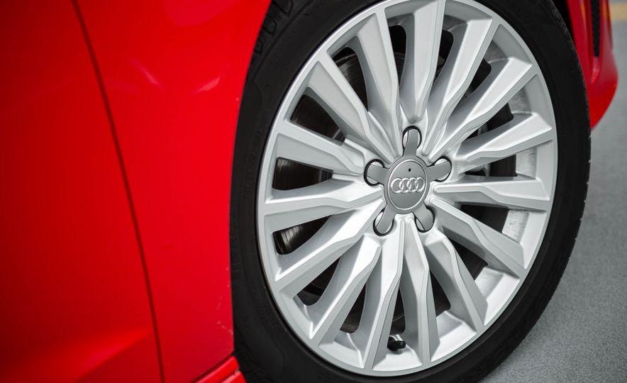2016 Audi A3 e-tron Sportback - Slide 31
