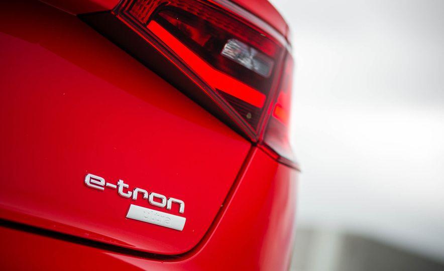 2016 Audi A3 e-tron Sportback - Slide 38