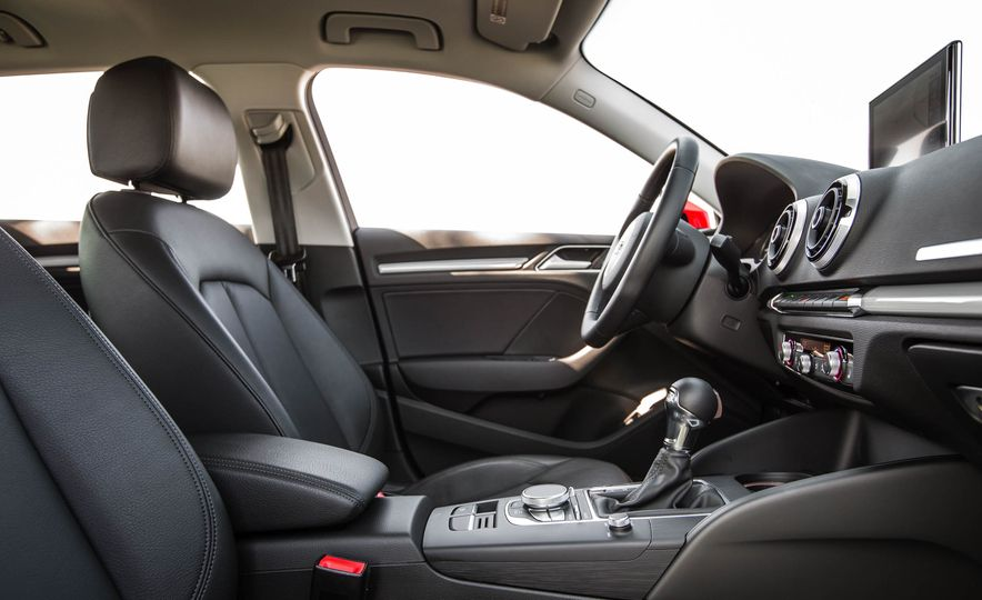 2016 Audi A3 e-tron Sportback - Slide 42