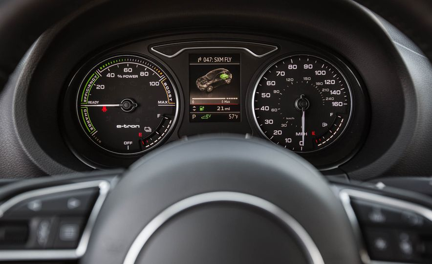 2016 Audi A3 e-tron Sportback - Slide 51