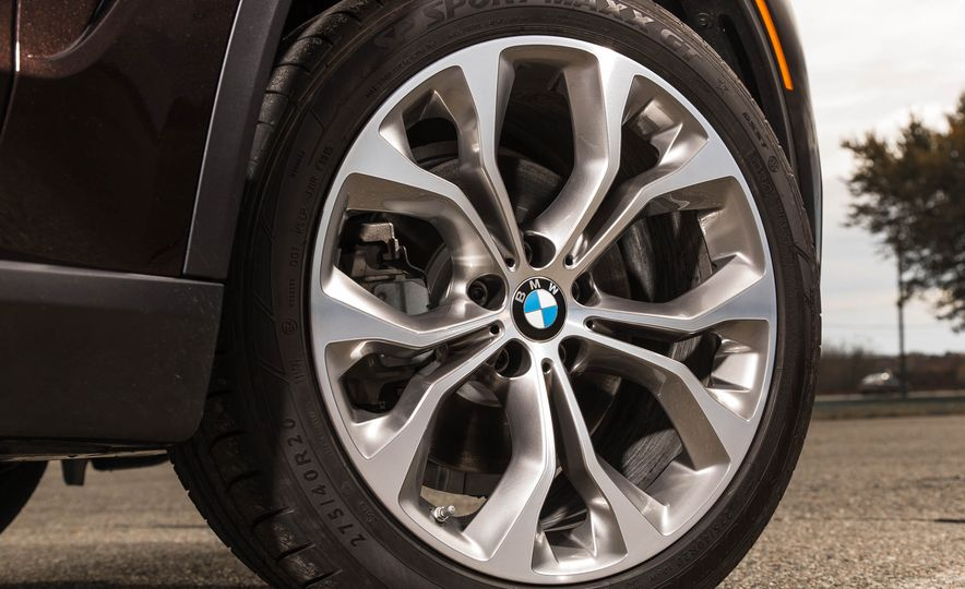 2018 BMW X7 (artist's rendering) - Slide 12