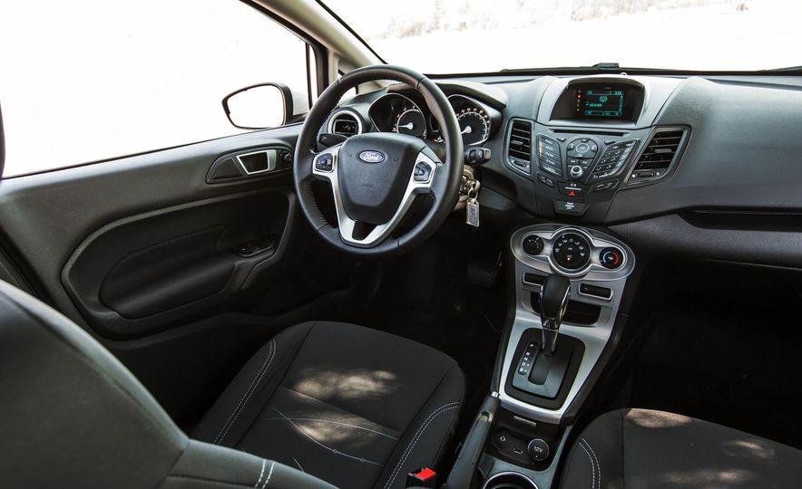 2016 Ford Fiesta SE - Slide 26
