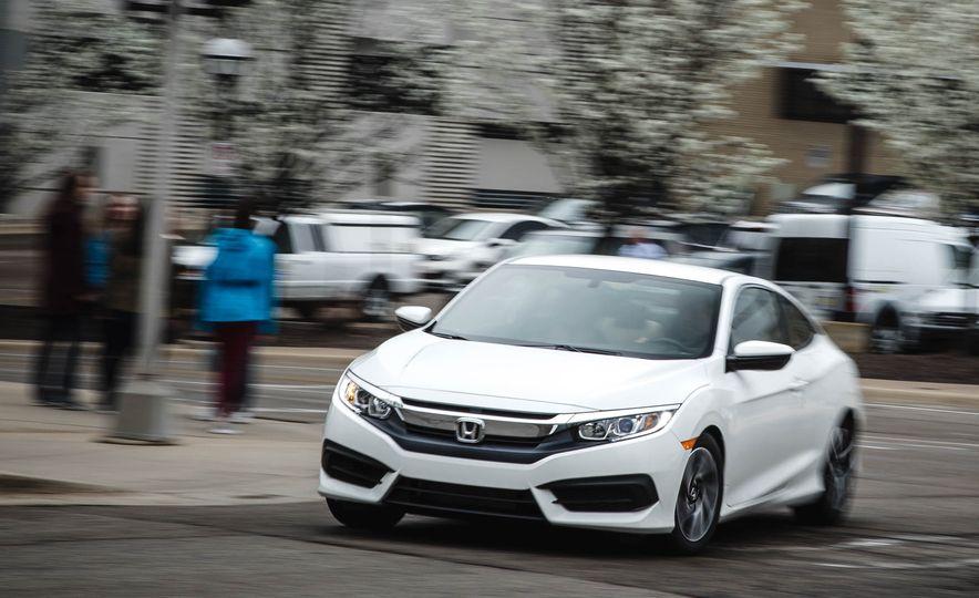 2016 Honda Civic coupe LX - Slide 1