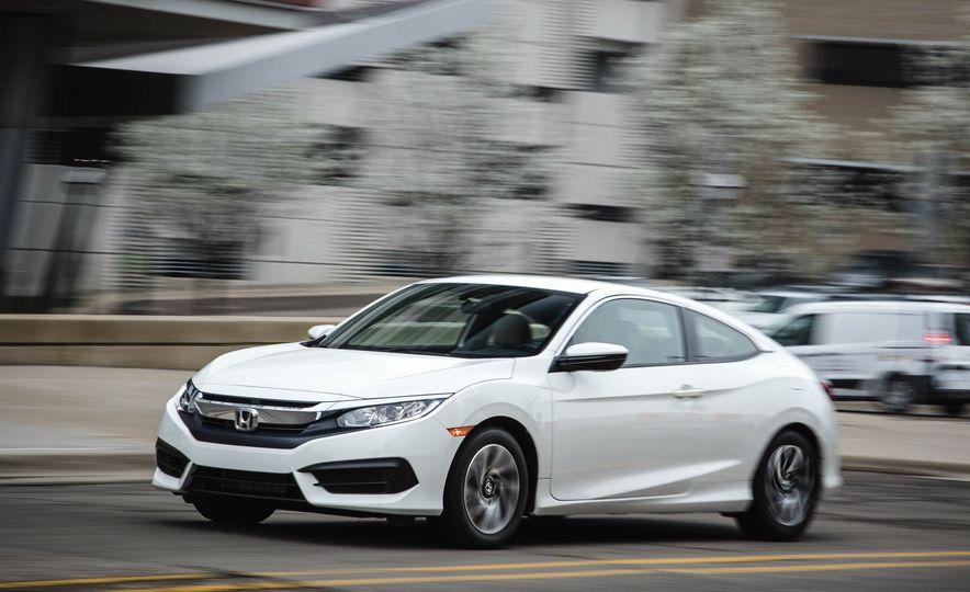 2016 Honda Civic coupe LX - Slide 3