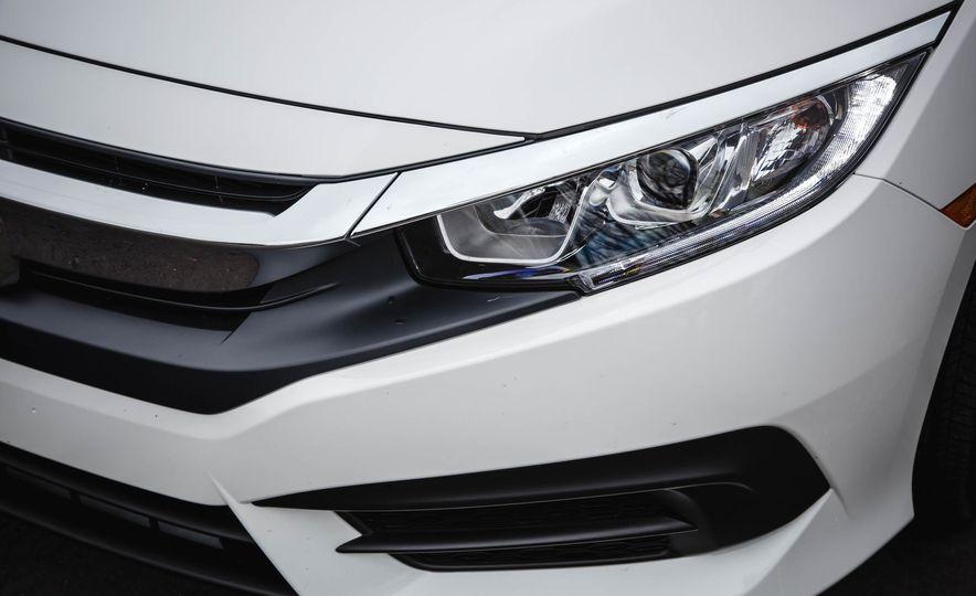 2016 Honda Civic coupe LX - Slide 15