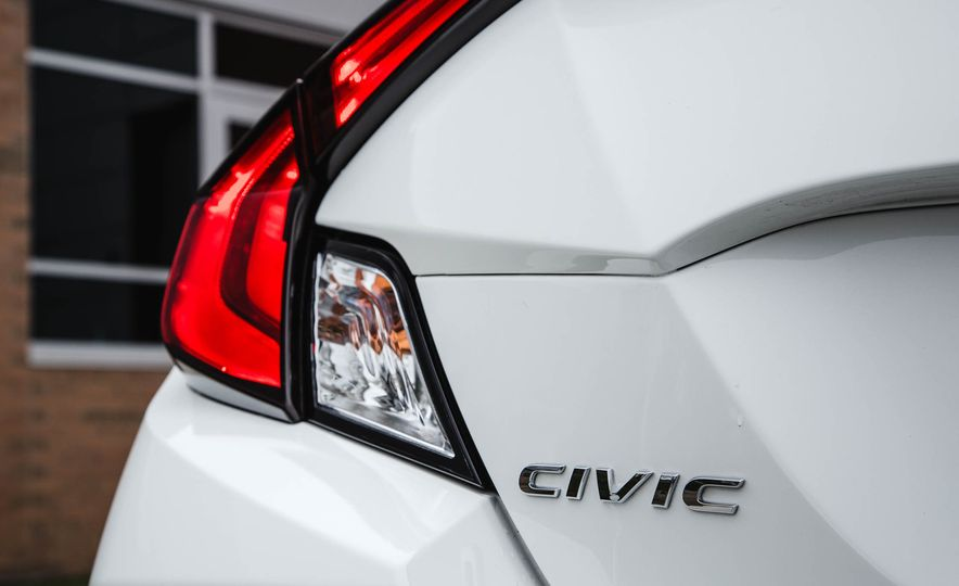 2016 Honda Civic coupe LX - Slide 20