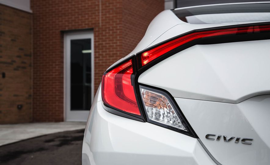 2016 Honda Civic coupe LX - Slide 21