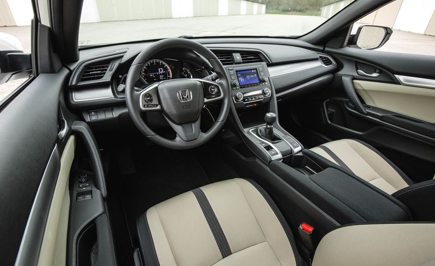 2016 Honda Civic coupe LX - Slide 24