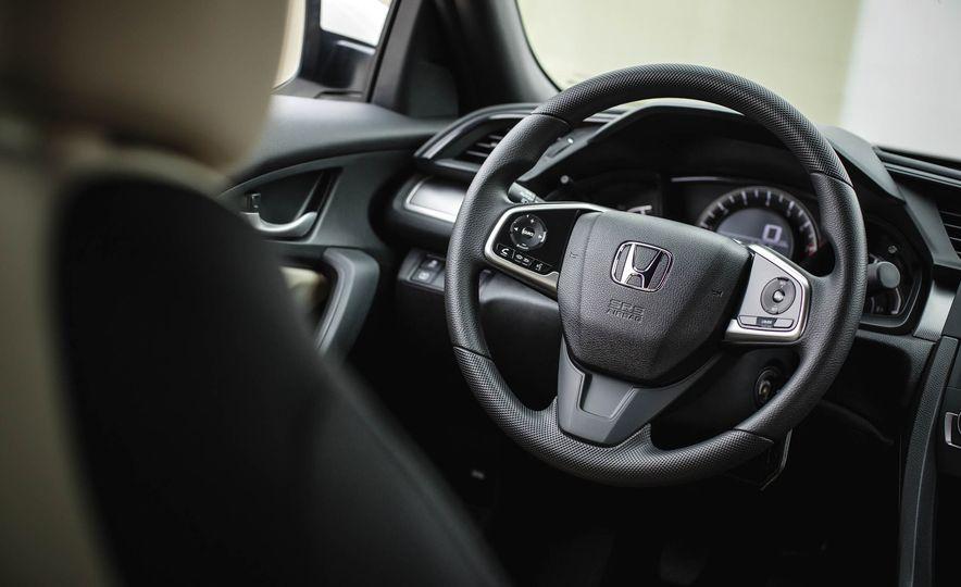 2016 Honda Civic coupe LX - Slide 31