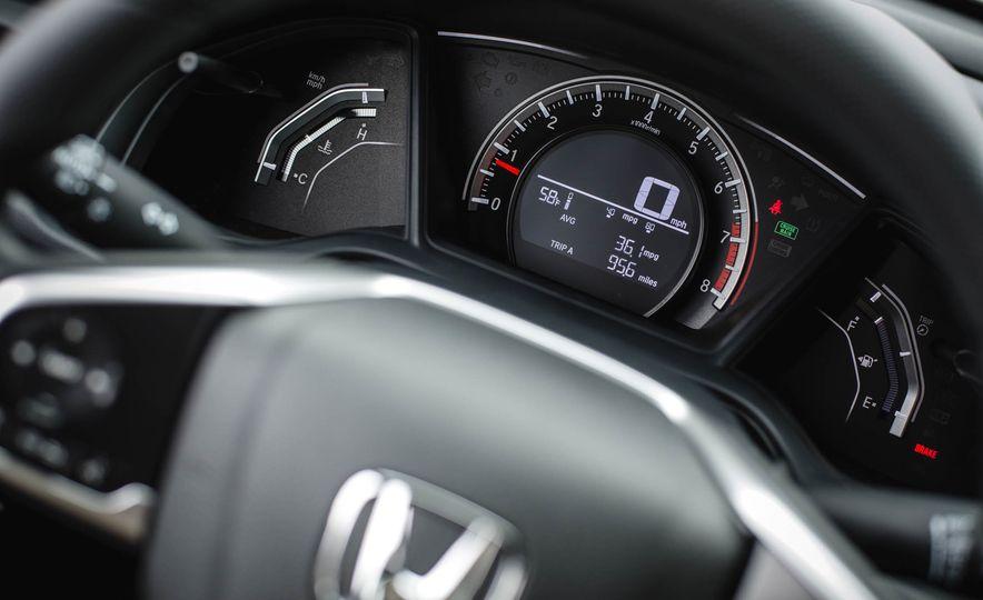 2016 Honda Civic coupe LX - Slide 32