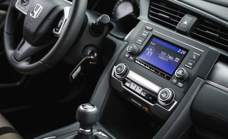 2016 Honda Civic coupe LX - Slide 33