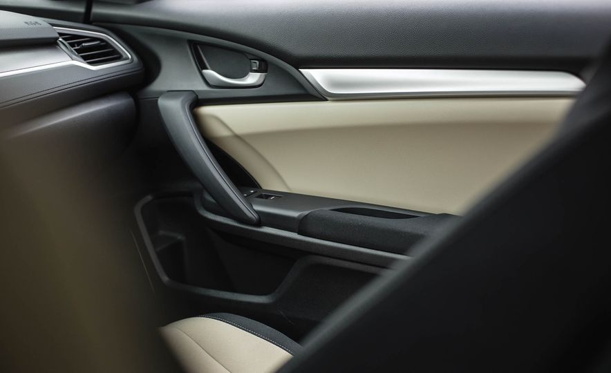 2016 Honda Civic coupe LX - Slide 38