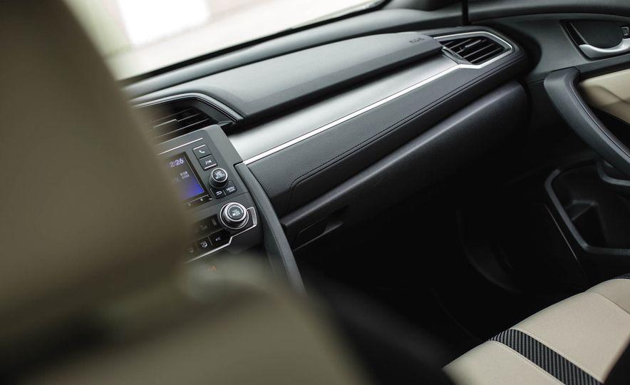 2016 Honda Civic coupe LX - Slide 39