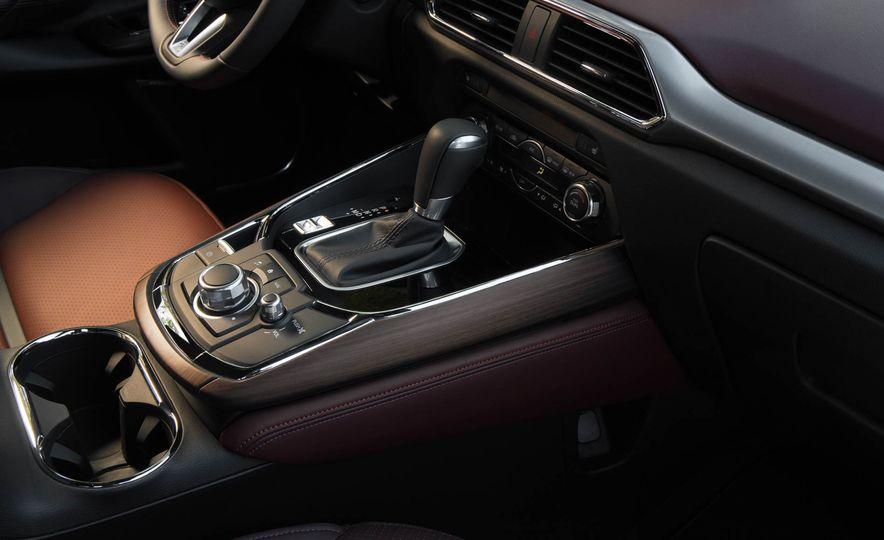 2016 Mazda CX-9 - Slide 32