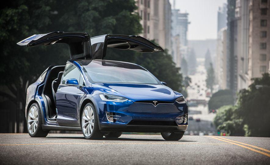 2016 Tesla Model X P90D - Slide 8