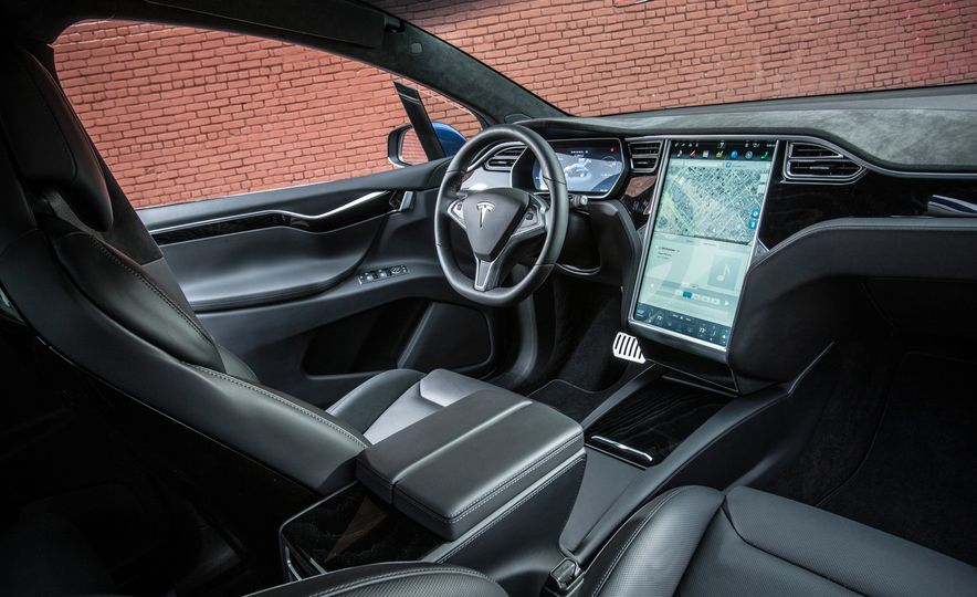 2016 Tesla Model X P90D - Slide 21