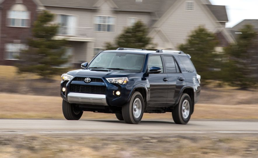 2016 Toyota 4Runner - Slide 1
