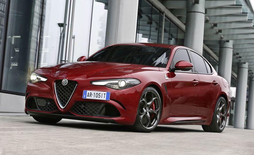 2017 Alfa Romeo Giulia Quadrifoglio - Slide 13