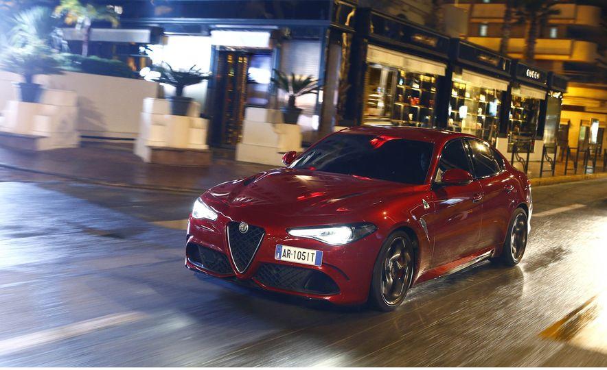 2017 Alfa Romeo Giulia Quadrifoglio - Slide 18
