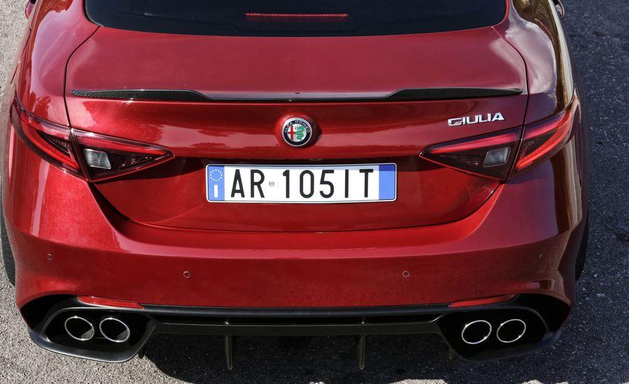 2017 Alfa Romeo Giulia Quadrifoglio - Slide 31